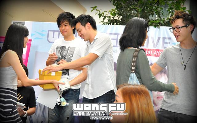 Wong Fu Live In Malaysia Meet & Greet | TianChad.com