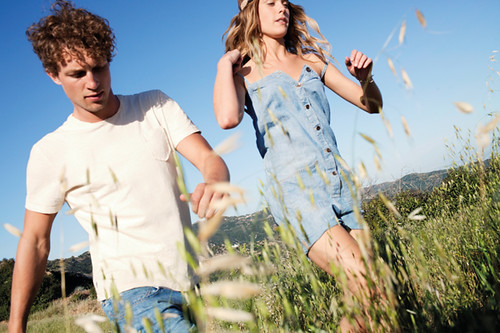 Levis_SS12-redtab-lifestyle-D3-couple
