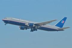 United Airlines Boeing 767-300ER; N666UA@LAX;11.10.2011/623ho