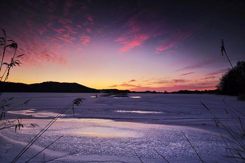 schnee winter light sunset sky lake snow ice nature water germany landscape bayern deutschland bavaria see licht nikon wasser sonnenuntergang natur oberbayern himmel 2012 countyside d90