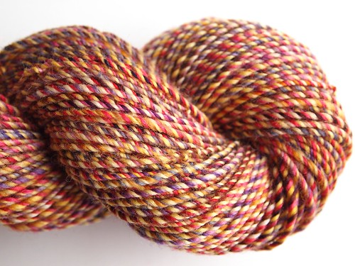 FCK fiber club -Famous Couples-Winter-Spring 2012-February-Falkland-10oz-Fomeo and Juliet-2.skein-208yds, 107gr, 3-ply