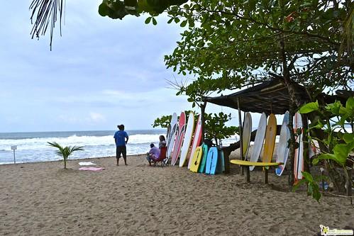 salsa brava Surf Lessons in Puerto Viejo costa rica