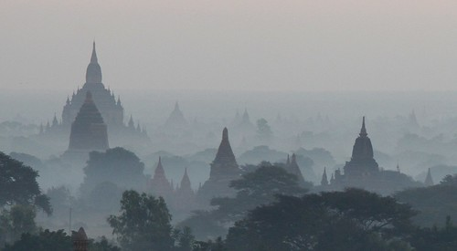 morning travel trees mist fog sunrise canon landscape temple eos dawn pagoda asia day tour burma buddhist magic tourist myanmar southeast bagan birmanie 50d cormend