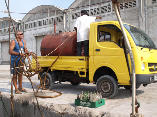 шри-ланка, цики и рикша Нихаль