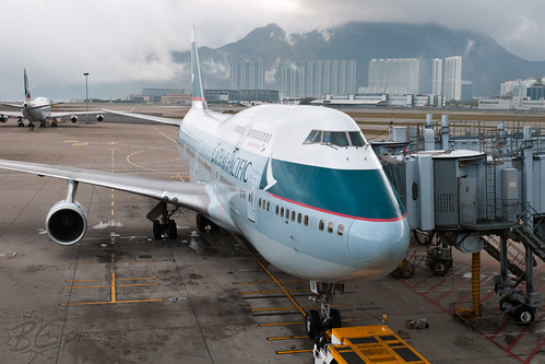 B-HOW - Cathay Pacific Airways - Boeing 747-467