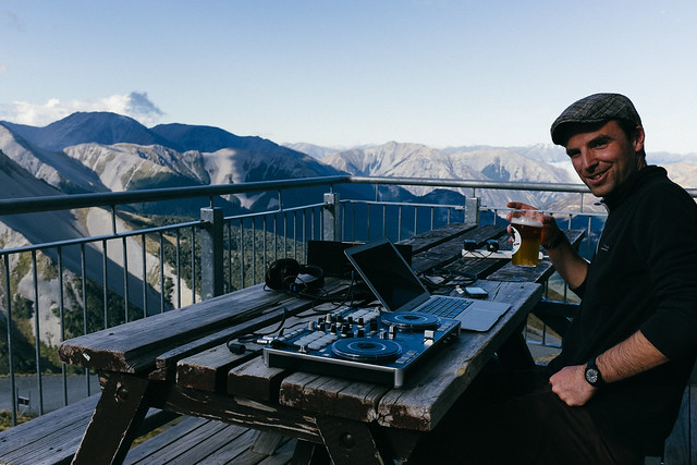 Mountain DJ
