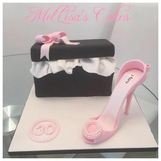 Pretty Cake by Lisa and Mel of Mel'lisa's Cake Boutique