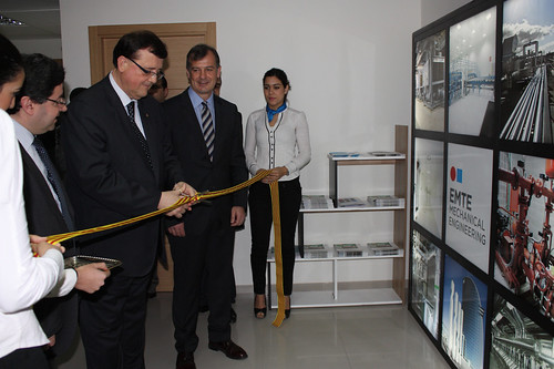 Minister of Enterprise and Labour of the Generalitat de Catalunya, inaugurates the COMSA EMTE affiliate in Morocco