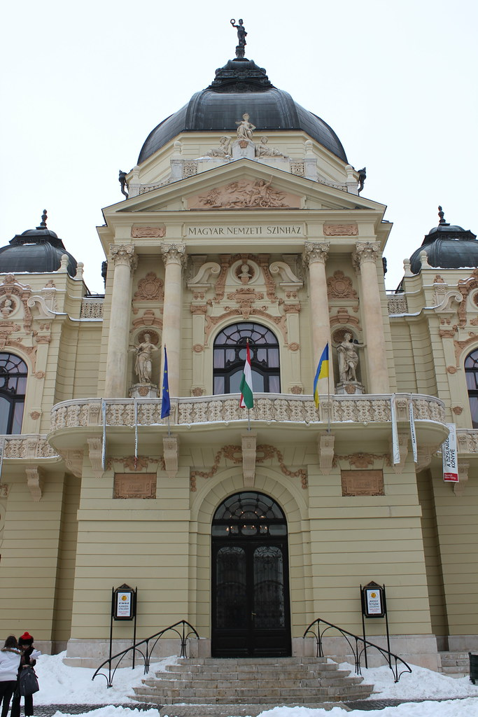 Viajar a p cs la ciudad m s bonita de hungr a vivir europa for Oficina turismo budapest