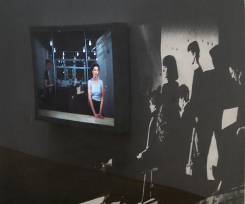 Composición propia de dúas imaxes de Jeff Wall. CGAC.
