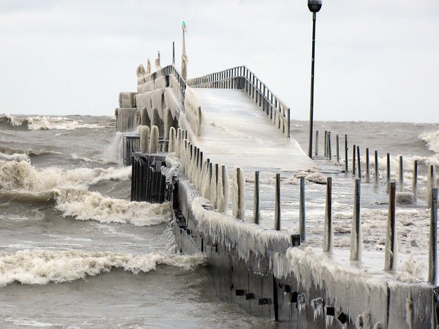 Icy fishing pier flickr photo sharing for Lake erie pier fishing