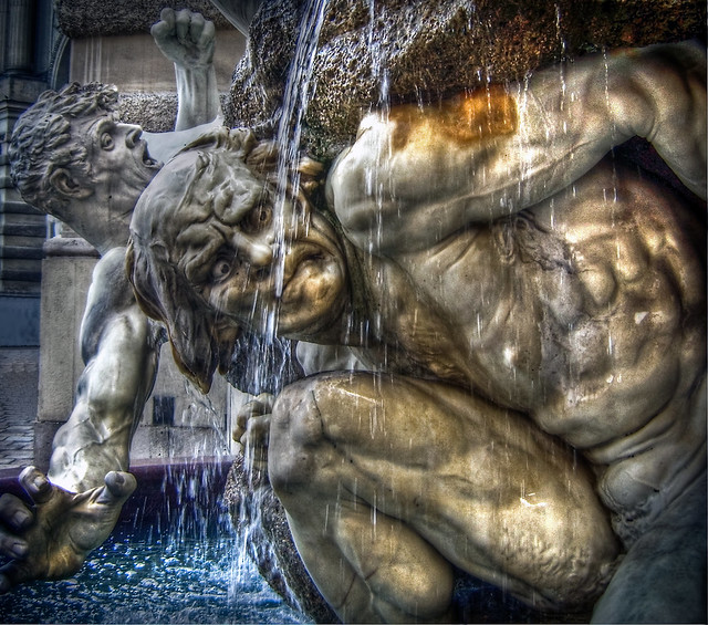 0276 - Austria, Vienna, Fountain HDR