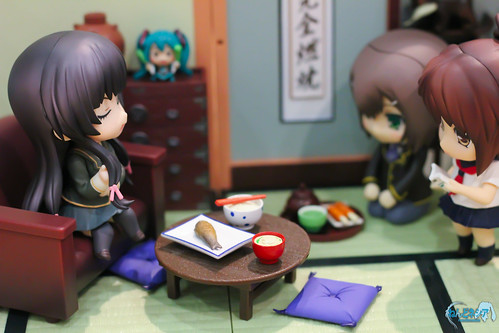 Yozora was lecturing some of her fellow Nendoroid