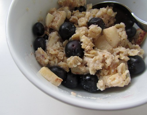 Baked Apple Oatmeal w/ Blueberries