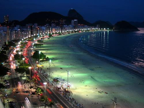 Noche en Copacabana by Miradas Compartidas