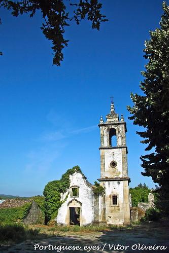 Ruínas da Antiga Igreja Matriz de São Miguel do Mato - Portugal