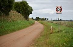 100kmh - single lane gravel road