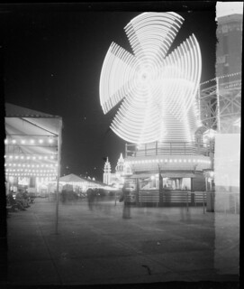 Luna Park lighted windmill, Nov 1948, from Series 02: Sydney people & streets, 1948-1950, photographed by Brian Bird