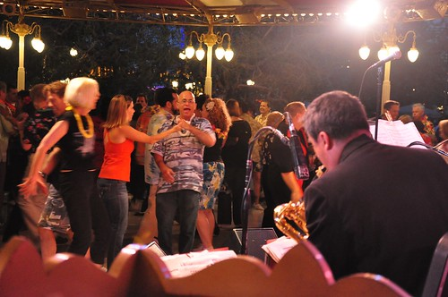 Carnation Plaza Gardens final swing dancing night