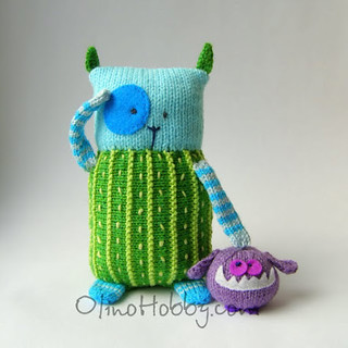 knitted cat with a friend