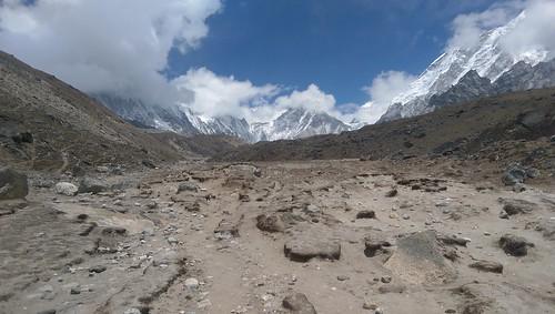 Trekking solo in Nepal