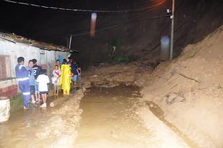 Deslizamiento de tierra en la Cdla La Merced / 28 feb
