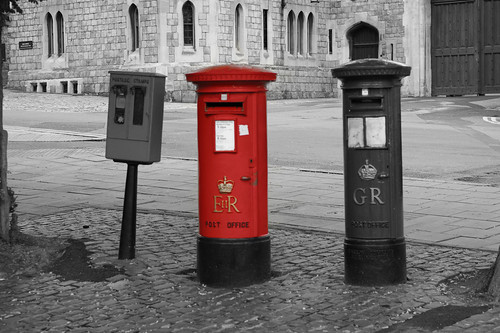 Windsor Red ER Post Box by Rovers number 9