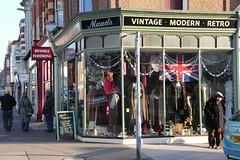 Maud's Vintage modern retro shop