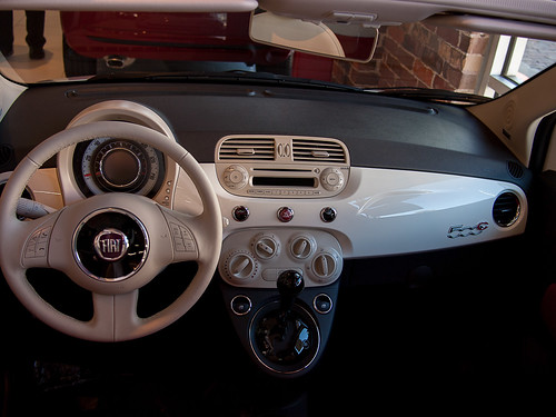 Fiat 500 Interior Driver and Shotgun