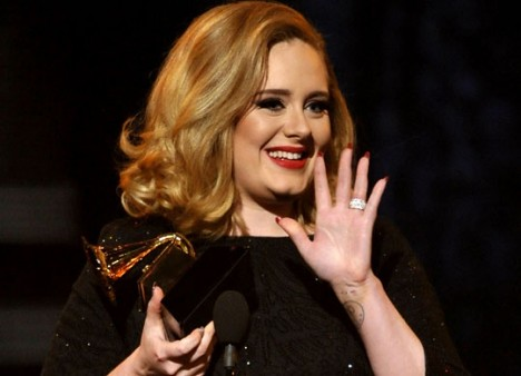 "Adele at the Grammys  ""34"" by JORNAL DE IBAITI"