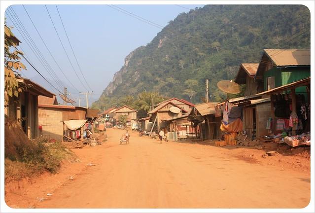 nong khiew road