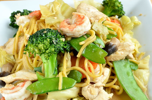 Chicken Shrimp Lo Mein