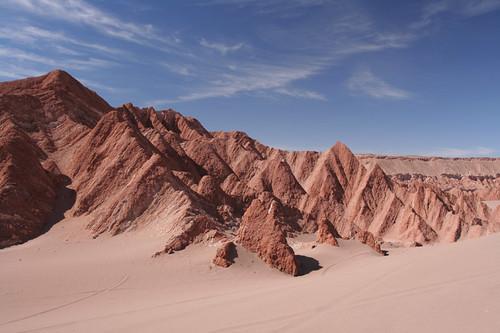 red peaks in Valle de la Muerte