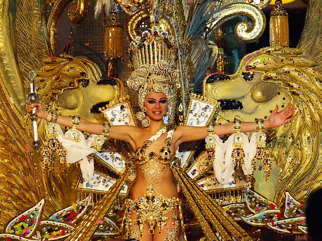 Carmen Gil González, Santa Cruz Carnival Queen 2012