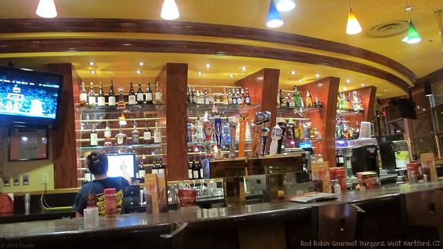 Red Robin bar