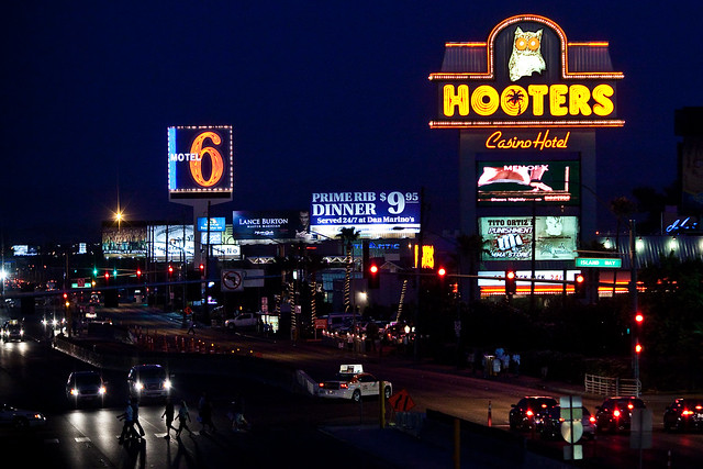 Hooters Las Vegas Cheap Rooms