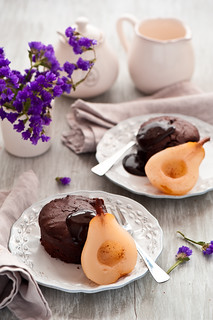 chocolate cakes with pears