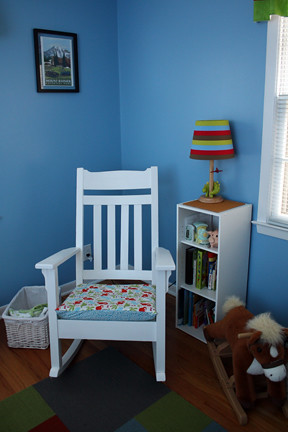 Rocking chair corner