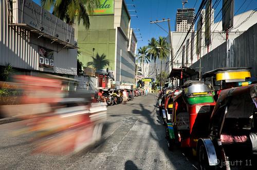 longexposure bw sunrise traffic tripod philippines transportation manila pinoy jeepney bwfilter trishaws jssutt jeffsuttlemyre bwnd1864xfilter