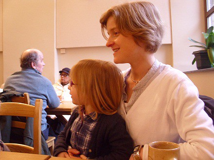 Tochter und Enkelin, heute in Maredsous