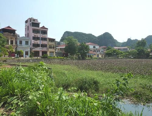 V-Lang Son-Lac Ho Phai Loan (12)