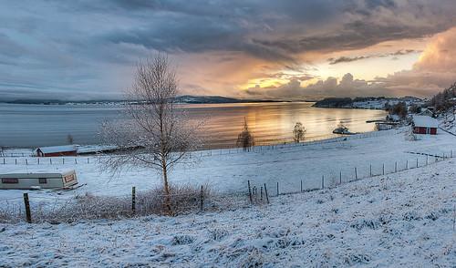 blue winter sunset sea sky cloud snow water norway norge high nikon dynamic sigma range arild hdr 2012 barka 1850mm d80