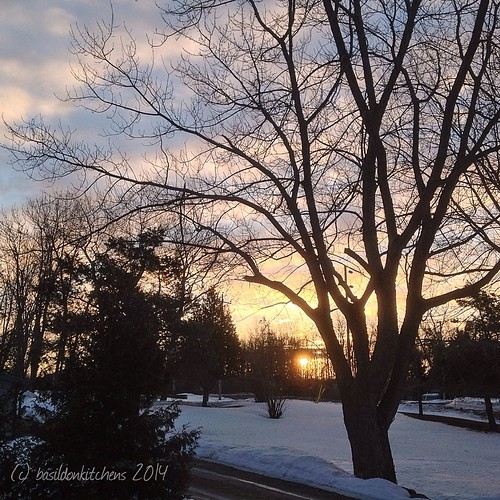16/3/2014 - beautifully ordinary {I never get tired of the sunrise; beautiful but definitely not ordinary!} #fmsphotoaday #sunrise #clouds #snow #winter #millerroad #princeedwardcounty