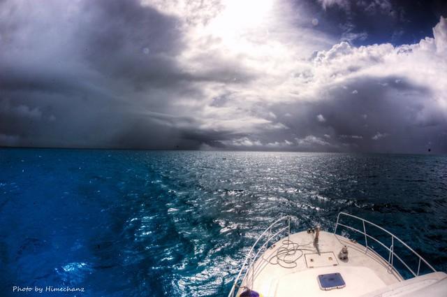石垣島は嵐だけれど竹富島南エリアには晴れ間が♪梅雨ですなぁ