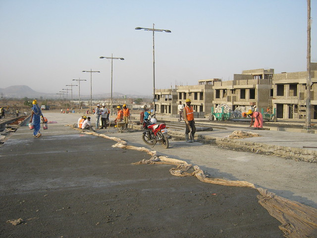 Under Construction Central Boulevard - Life Republic - Hinjewadi Marunji - on 22nd February 2012 - World Thinking Day
