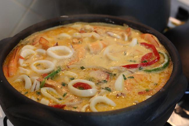 Moqueca A Baiana, Brazilian Fish Stew Recipe — Dishmaps