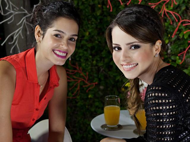 Maria Flor e Sandy na gravação do Programa ´Superbonita`