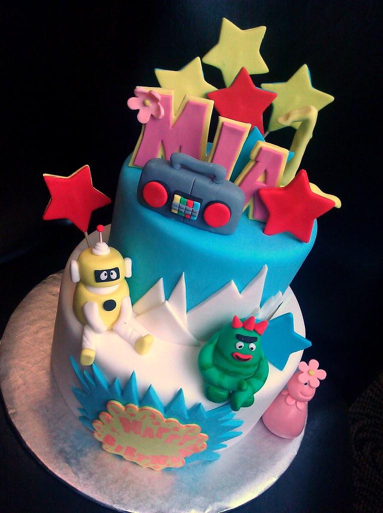 Yo Gabba Birthday Cake