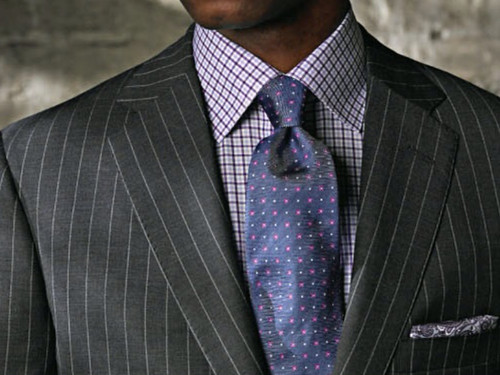 The gentlemen 39 s gent what is the right tie for Charcoal suit shirt tie combinations