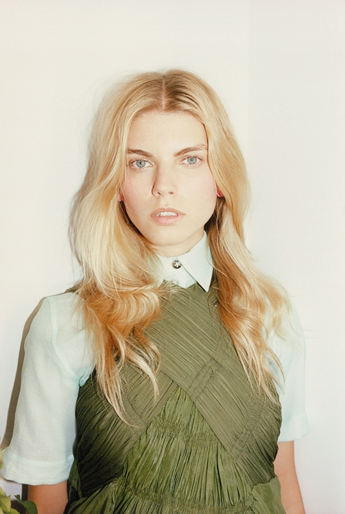 Valley of the Nude - Pop Mag S/S 12 - Maryna Linchuk by Tung Walsh and styling by Sara Moonves